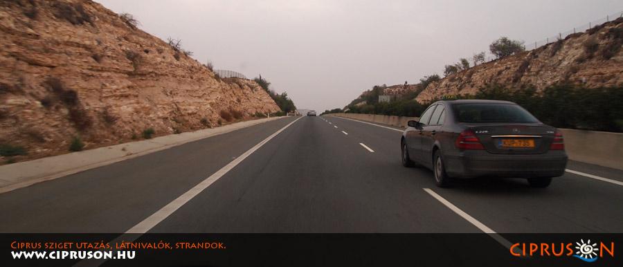 Ciprus közlekedés, vezetés, autóbérlés