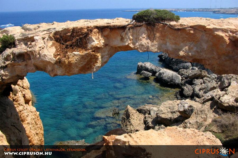 Kamara Tou Koraka, Ciprus sziget látnivaló