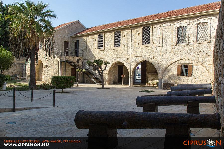 Larnakai tengerparti erőd, Ciprus