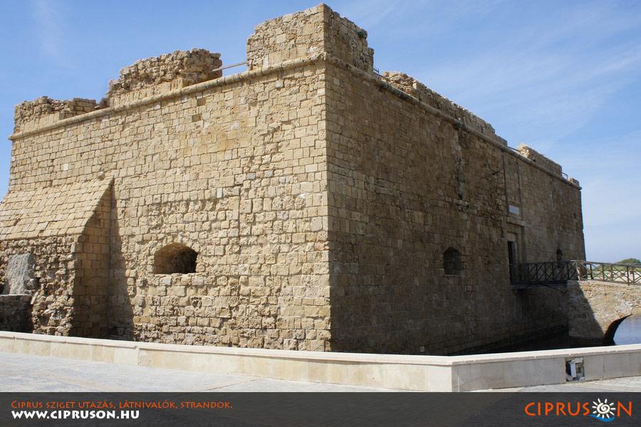 Paphos erőd, Cipruson
