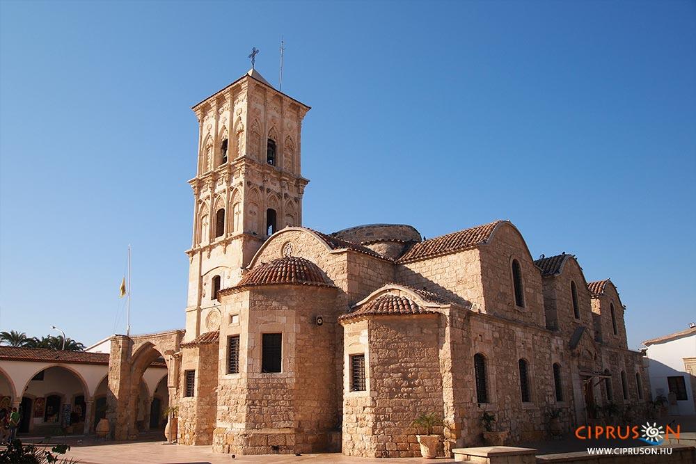 A Larnaka legjobb látnivalói közé tartozó Szent Lázár templom (Ayios Lazaros)