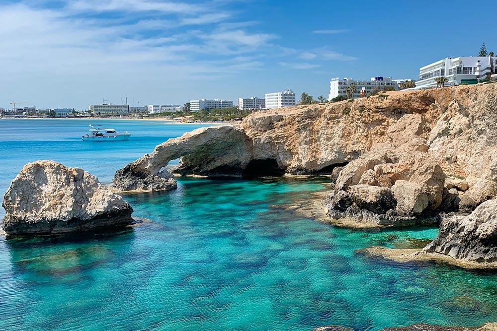 Ciprus időjárás júniusban júliusban augusztusban és a nyári hónapokban