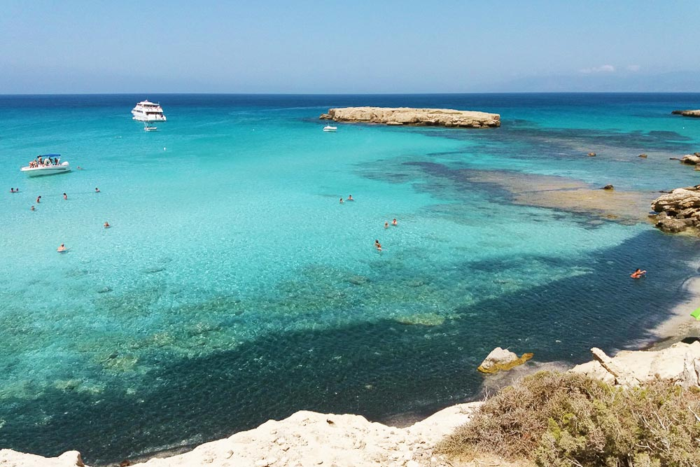 A Kék Lagúna Páfosz térségének és Nyugat Ciprus egyik legszebb strandja és tengerpartja