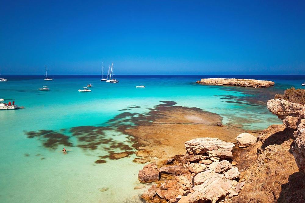 Ciprus Kék Lagúna, Páfosz közelében