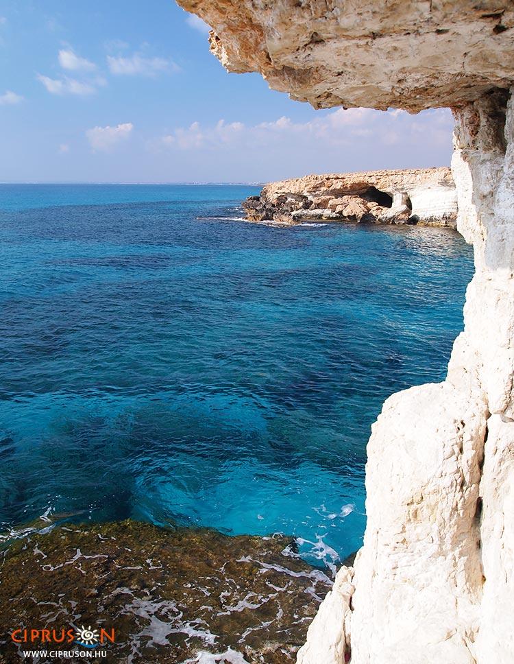 Agia Napa tengeri barlangjai Ciprus legszebb látnivalói közé tartoznak