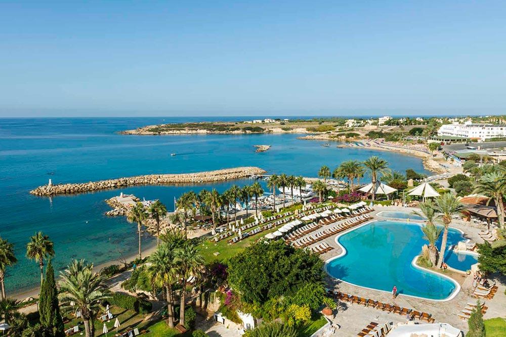 Coral Bay, Ciprus egyik legjobb homokos strandja