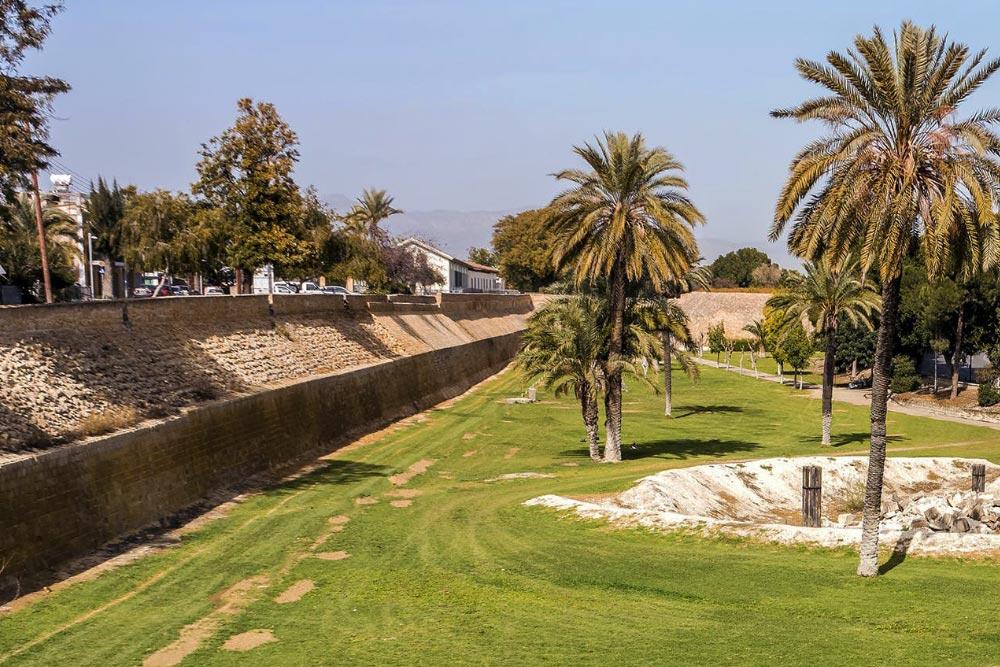 Nicosia látnivalói, az óváros fala