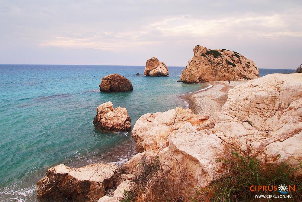 Afrodité Sziklái Cipruson, Páfosz mellett