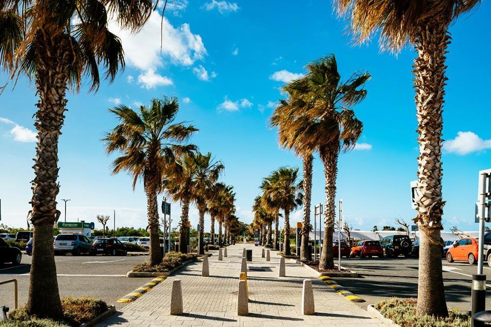Páfosz repülőtér, Paphos airport