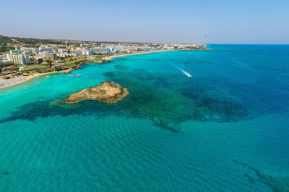 Protaras strandja Cipruson